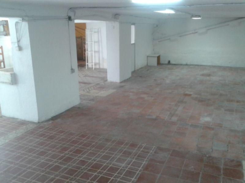 Oficinas pozuelo 280 m en chalet independiente a 200 m for Alquiler oficinas pozuelo