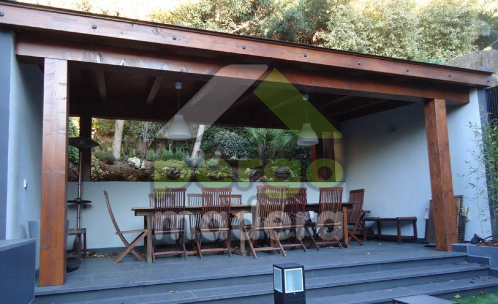 Cenador de madera de exterior
