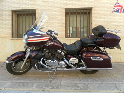 Vendo moto custom Yamaha Royal Star Venture 1300