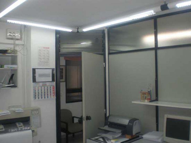 Se alquila oficina en el centro de castell n for Oficinas bankinter castellon