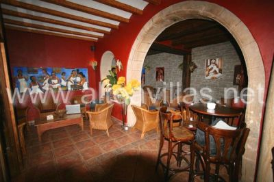 Exclusivo bar con mucho encanto en Altea en el casco antiguo