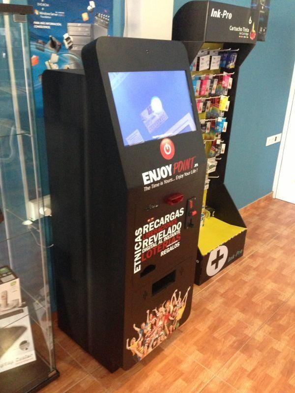 Kiosco multiservicio de recargas fotos liberaciones for Oficina dni lleida